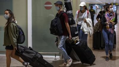 Με «διαβατήριο» θα πηγαίνουν σε γήπεδα και συναυλίες οι Βρετανοί - Σε ποιές χώρες θα ταξιδεύουν