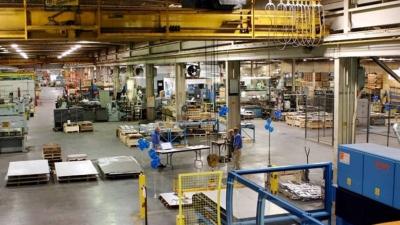 IHS Markit: Σημαντική αύξηση της ελληνικής παραγωγής παρά τις σοβαρές ελλείψεις υλικών