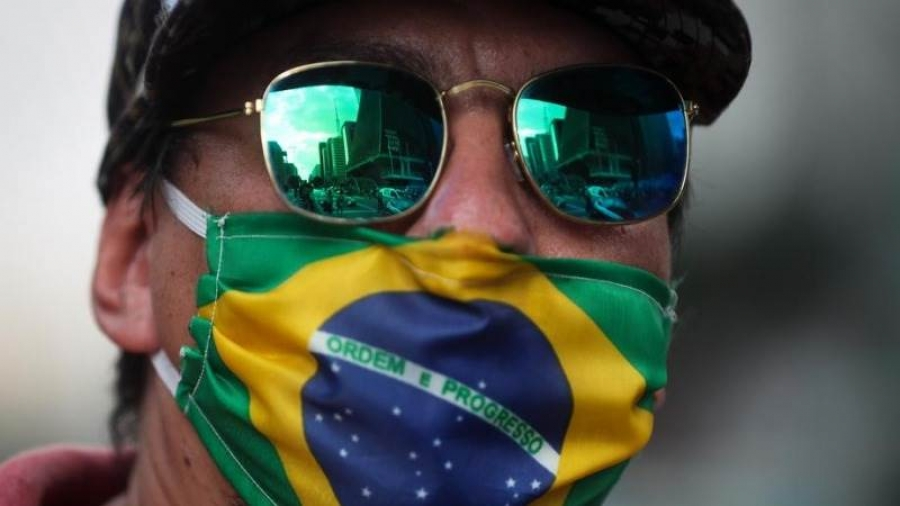Βραζιλία - Kορωνοϊός: Μια «ανάσα» μακριά από τους 500.000 θανάτους