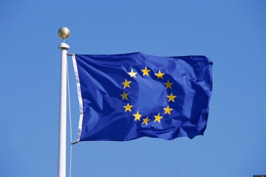 Η ΕE προτείνει χαλάρωση των ελέγχων για να μειωθούν οι εντάσεις στη Βόρεια Ιρλανδία