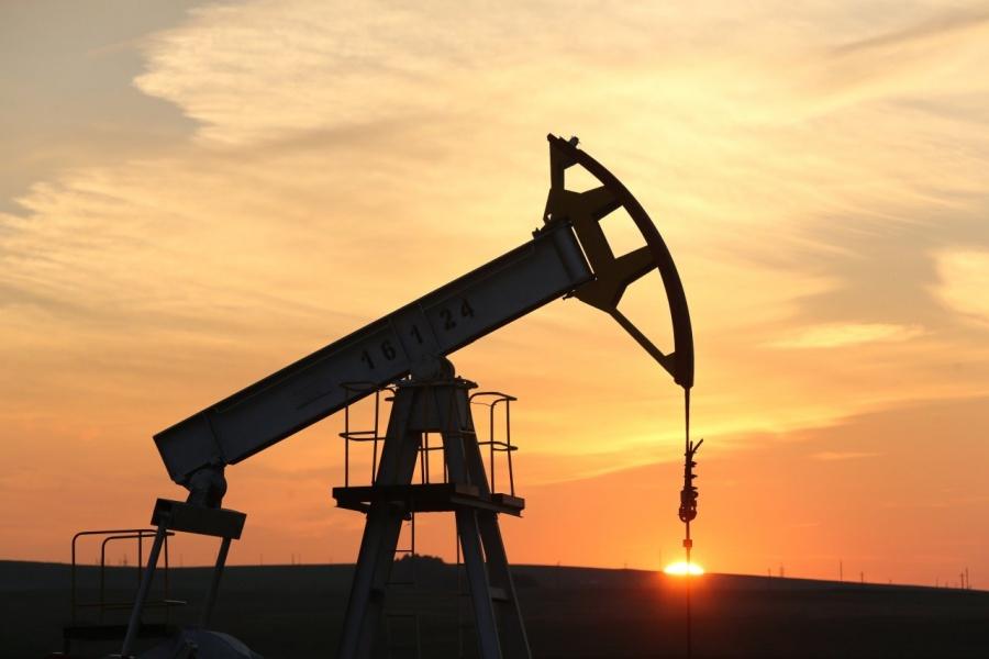 Ήπιες απώλειες στο πετρέλαιο μετά την άνοδο της περασμένης εβδομάδας - Στο -0,31% και τα 64,19 δολ. ανά βαρέλι το Brent