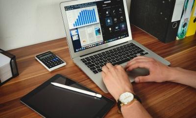 Voucher 200 ευρώ: Ξεκινούν αιτήσεις για τον δεύτερο κύκλο στην «Ψηφιακή Μέριμνα»