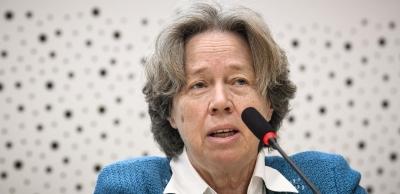 Λινού: Οι γυναίκες κάτω των 50 ετών να κάνουν εμβόλιο με mRNA