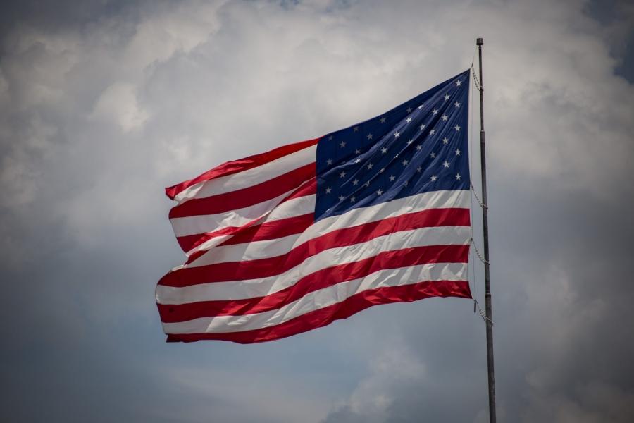 ΗΠΑ: Μια ανάσα από τους 400.000 νεκρούς λόγω covid – Εφιαλτικές προβλέψεις για Φεβρουάριο