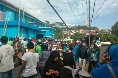 Ινδονησία: Τουλάχιστον 20 νεκροί από τον ισχυρό σεισμό των 6,5 Ρίχτερ