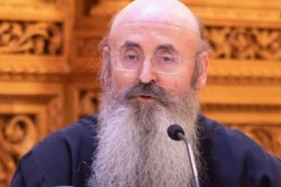 Χειροτονήθηκε ο νέος μητροπολίτης Περιστερίου Γρηγόριος