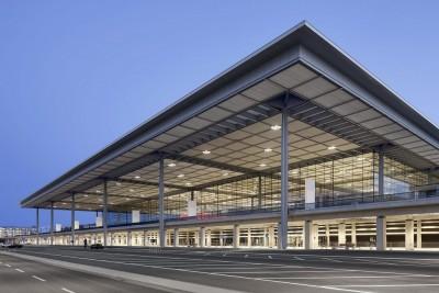 Γερμανία: Η μείωση των πτήσεων κλείνει έναν τερματικό σταθμό στο νέο αεροδρόμιο του Βερολίνου