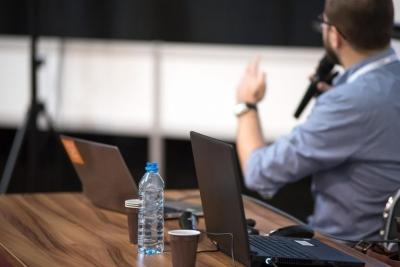 Κομισιόν – Νέο εργαλείο για εκπαιδευτικούς στη χρήση ψηφιακών τεχνολογιών