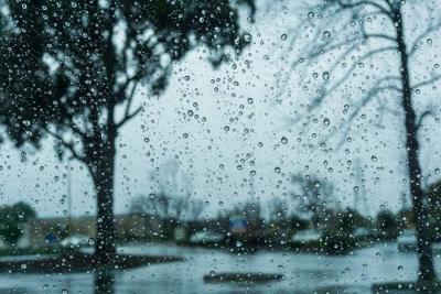 Έκτακτο δελτίο επιδείνωσης καιρού για βροχές, ισχυρές καταιγίδες και χαλάζι