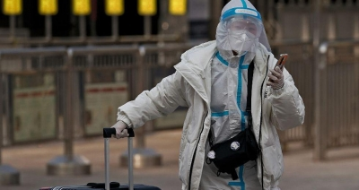 Υποχρεωτικά τα πρωκτικά τεστ σε όλους τους ταξιδιώτες που φτάνουν στην Κίνα - Έντονη αντίδραση από ΗΠΑ
