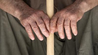 ΕΦΚΑ και δικαιοσύνη ζητούν πίσω συντάξεις 15 ετών από 90χρονο