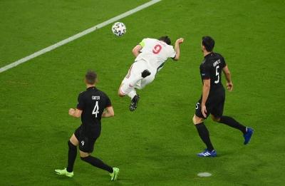 Γερμανία – Ουγγαρία 0-1: Ανοίγει το σκορ ο Άνταμ Σάλαϊ! (video)