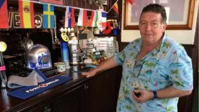 «Σανίδα σωτηρίας» το EURO για τον ιδιοκτήτη μίας μπυραρίας στο Κίνγκστον!