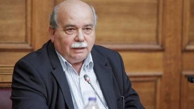 Βούτσης: Η κυβέρνηση αξιοποιεί τα περιοριστικά μέτρα για να συνθέσει το παζλ του αστυνομικού κράτους