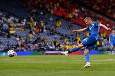 Σουηδία – Ουκρανία 0-1: «Βολίδα» Ζιντσένκο και προβάδισμα για τους Ουκρανούς! (video)