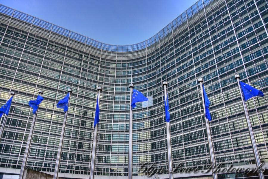 ΕΕ: Ο Juncker συζήτησε με τη Merkel για τον ιταλικό προϋπολογισμό