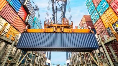 BGA (Γερμανία): Πρόβλεψη για συρρίκνωση των εξαγωγών τουλάχιστον κατά 12% το 2020