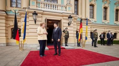 Zelensky προς Merkel: Ο Nord Stream 2 είναι «επικίνδυνο γεωπολιτικό όπλο» της Ρωσίας κατά Ουκρανίας - Ευρώπης