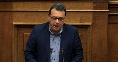 Φάμελλος: Υποκριτική και τυχοδιωκτική η στάση Σαμαρά για το Σκοπιανό - Ξεκάθαρη η κυβερνητική στάση