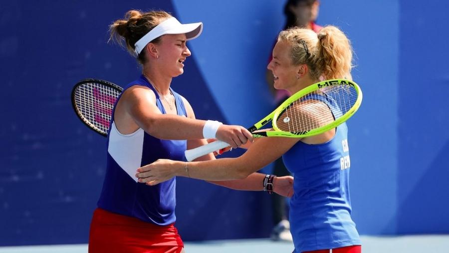 Τένις: Στην κορυφή του βάθρου Κρεϊτσίκοβα και Σινιάκοβα!