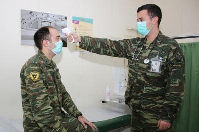 Υποχρεωτική η χρήση μάσκας στις Ένοπλες Δυνάμεις, στους χώρους όπου υπάρχει κοινωνική επαφή