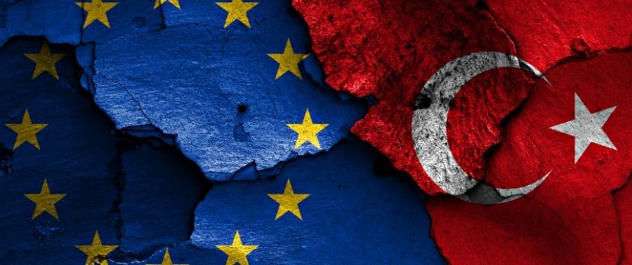 Στα άκρα η κόντρα Τουρκίας – ΕΕ για το Ισλάμ: Πρωτοφανείς επιθέσεις Erdogan κατά Macron, ανάκληση του Γάλλου πρέσβη και...εμπορικός πόλεμος