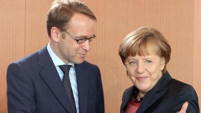 Η Merkel ενδέχεται να «θυσιάσει» τον Weidmann ως υποψήφιο διάδοχο του Draghi στην ΕΚΤ