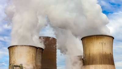 IEA: Η οικονομική ανάκαμψη θα εκτοξεύσει τις εκπομπές CO2 σε επίπεδα ρεκόρ το 2023