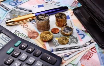 Η επιστρεπτέα προκαταβολή «σωσίβιο» για τις επιχειρήσεις που σβήνουν από την πανδημία - Αύξηση των δανείων στα 1,9 δισ. ευρώ