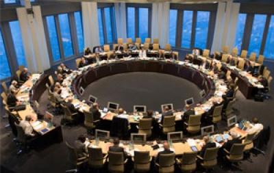 Η Ευρωπαϊκή Κεντρική Τράπεζα ζητεί από τις τράπεζες να να λάβουν επαρκή μέτρα λόγω του κοροναϊού