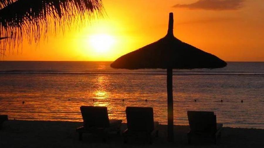 Καύσωνας: Δωρεάν είσοδος σε οργανωμένες παραλίες της Αττικής για τρεις ημέρες