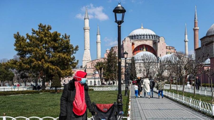 Στη δίνη του Covid η Τουρκία: 62.606 νέα κρούσματα και 288 θάνατοι