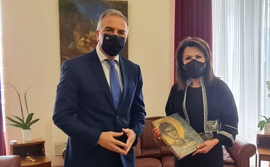 Συνάντηση Καλαφάτη με την  Γ. Αγγελοπούλου - Δασκαλάκη – Τι δήλωσαν
