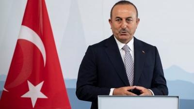 Cavusoglu (ΥΠΕΞ Τουρκίας): Θετική μετατόπιση των σχέσεων με τη Γαλλία μετά τις εξελίξεις στη Λιβύη
