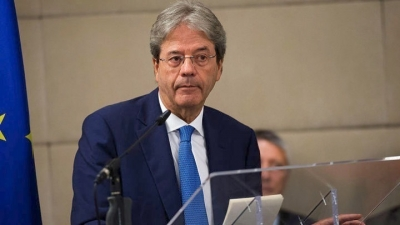 Gentiloni (Κομισιόν): Πρώτα η εφαρμογή του σχεδίου για το Ταμείο Ανάκαμψης και μετά συζήτηση για επέκταση