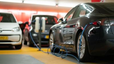ΕΕ: Το Green Deal φέρνει την κατάργηση των κινητήρων εσωτερικής καύσης