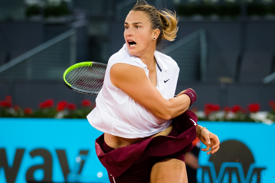 Madrid Open: «Σόκαρε» την Μπάρτι και πήρε το τρόπαιο η Σαμπαλένκα