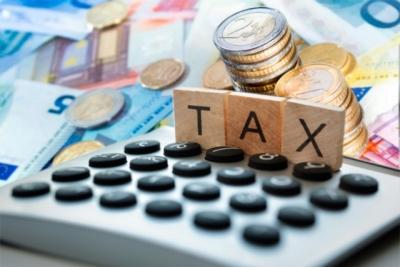 Φορολογικές δηλώσεις: Απρόθυμοι 900.000 φορολογούμενοι να «λογαριαστούν» με την Εφορία