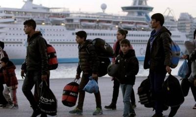Συνεχίζεται η αποσυμφόρηση των νησιών του Αιγαίου - Στον Πειραιά άλλοι 155 πρόσφυγες και μετανάστες
