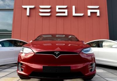 Tesla: Ξεπέρασαν τις εκτιμήσεις οι παραδόσεις του α' τριμήνου 2021