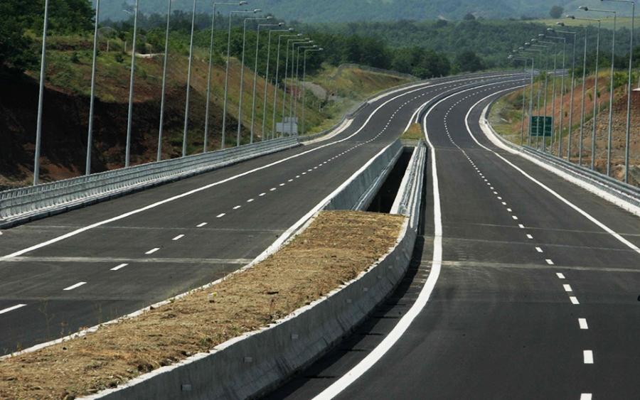 Αγώνας δρόμου στο Υπουργείο Υποδομών να διώξουν το φάντασμα Σπίρτζη που στοιχειώνει το ΒΟΑΚ