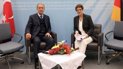 Karrenbauer για συνάντηση με Akar: Έθιξα τα δύσκολα θέματα - Να αποφευχθεί νέα επιδείνωση στη Μεσόγειο