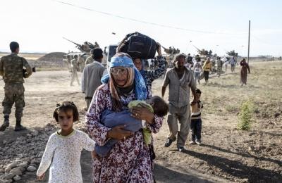 Κούρδοι Συρίας: Περισσότεροι από 275.000 οι εκτοπισμένοι από την τουρκική στρατιωτική επίθεση