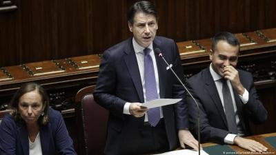 Ιταλία: Η κυβέρνηση Conte επιβιώνει  «τραυματισμένη» από την ψήφο εμπιστοσύνης στη Γερουσία