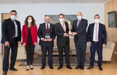 Τους πέντε καλύτερους συνεργάτες βράβευσε η Εθνική Ασφαλιστική