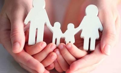 Υπουργείο Εργασίας: Καταβλήθηκε για πρώτη φορά το επίδομα αναδοχής παιδιού
