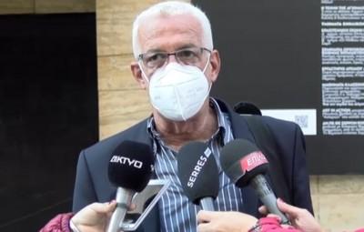 Αντωνιάδης (Πνευμονολόγος): Δεν είναι ηθικό να δίνονται στους επώνυμους θεραπείες που δεν μπορούν να δοθούν σε όλους