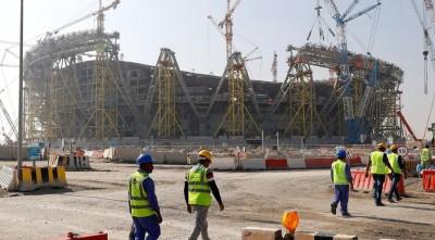 Κατάρ: Αύξηση 25% στον κατώτατο μισθό και αλλαγές στην εργατική νομοθεσία