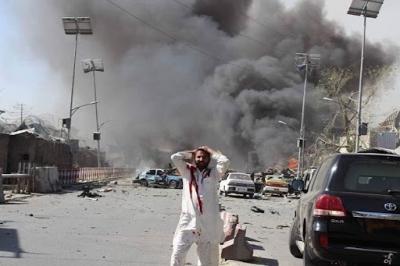Λευκός Οικός: Πιθανή νέα τρομοκρατική επίθεση στο Αφγανιστάν - Tουλάχιστον 200 οι νεκροί