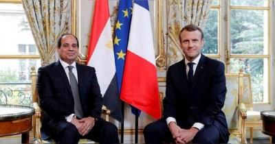 Για τις κρίσιμες εξελίξεις στη Λιβύη συζήτησαν τηλεφωνικά Macron – Sisi